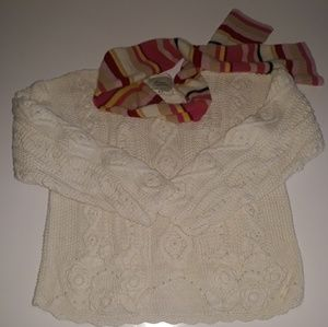 Vintage hand knitted cream sweater w/ pearls
